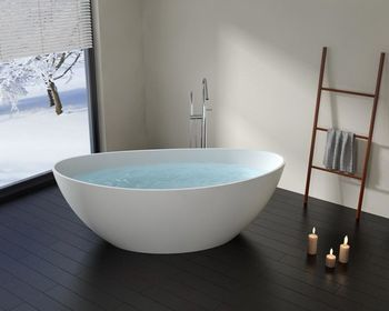 Bathtubs and sinks